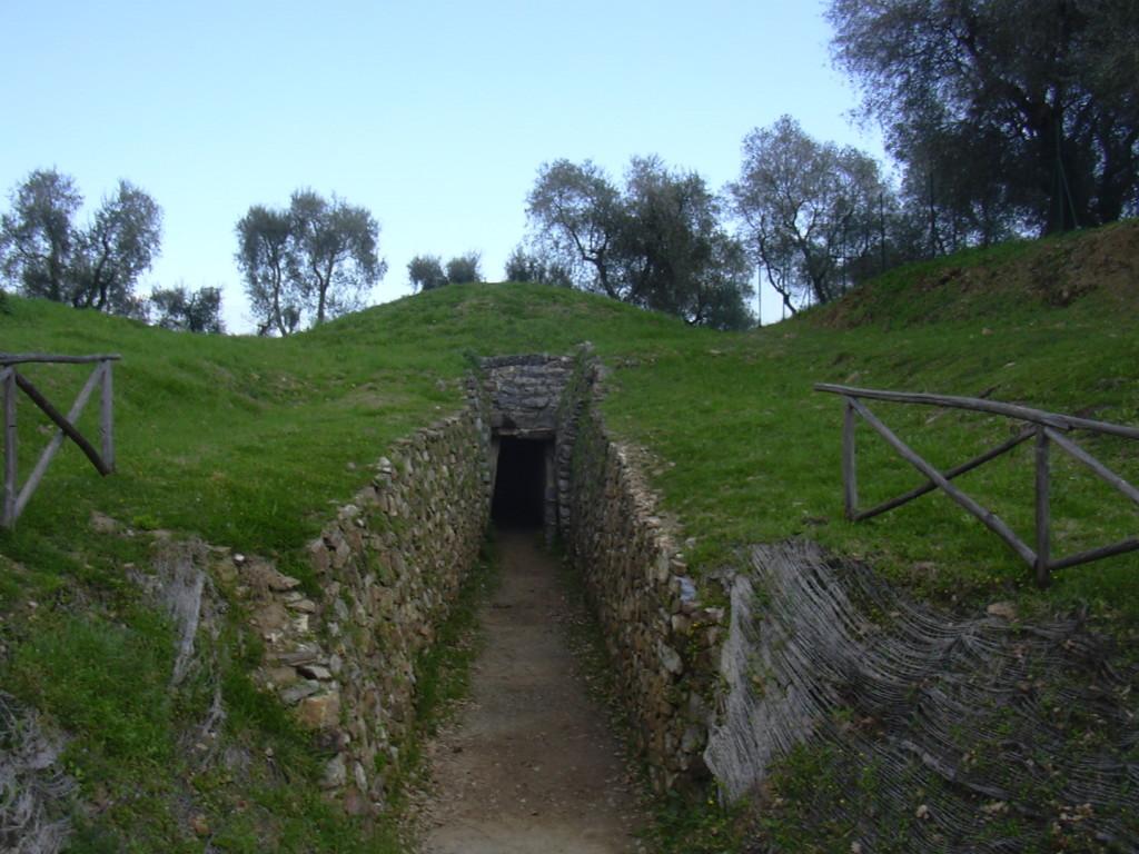 Vetulonia: il Museo Civico Isidoro Falchi e le aree archeologiche nazionali